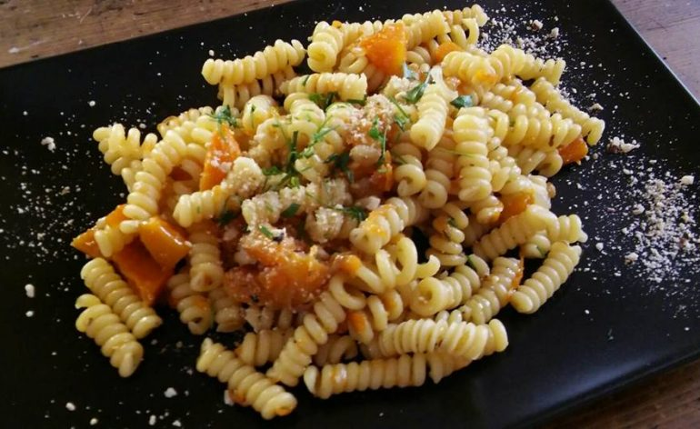 Fusilli_zucca_e_nocciole